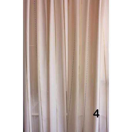 cortina blanca plata y dorado